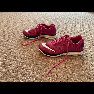 Women's Nike lunarlon shoes size 6
